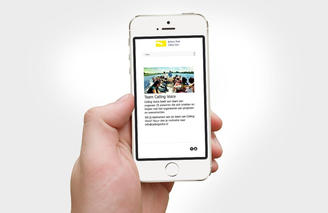 website-calling-voice-op-smartphone